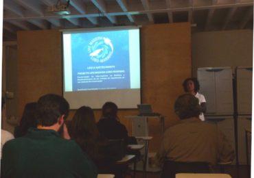 (Español) Dando a conocer el LIFE Madeira foca monje en la Universidad de Madeira